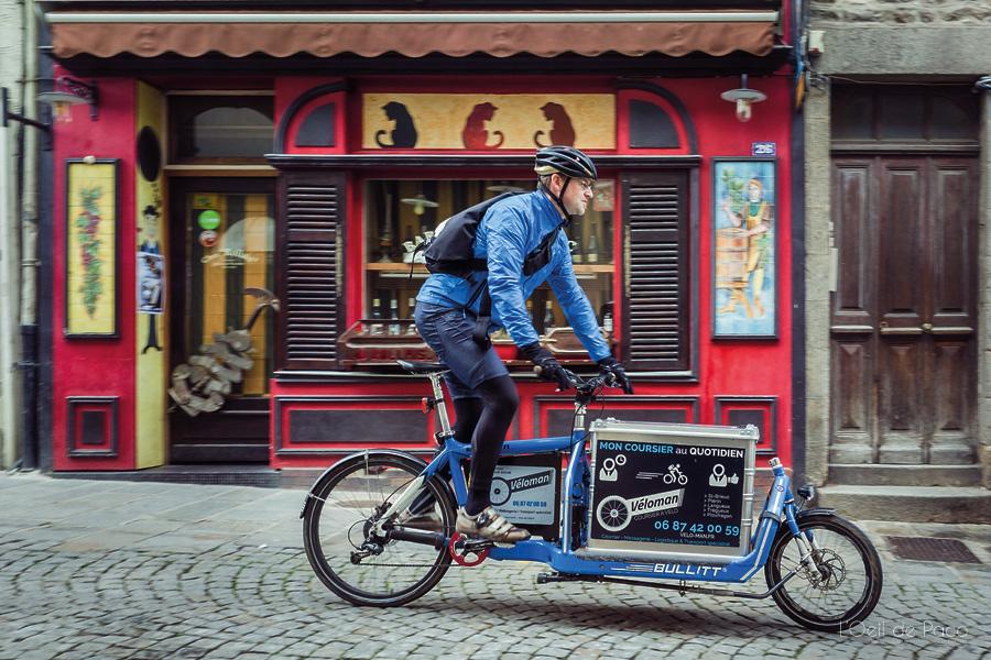 Yves Hennequin effectue environ 60 à 80 kilomètres lors de ces 6 à 8 heures journalières. (Photo l'œil de Paco/DR)