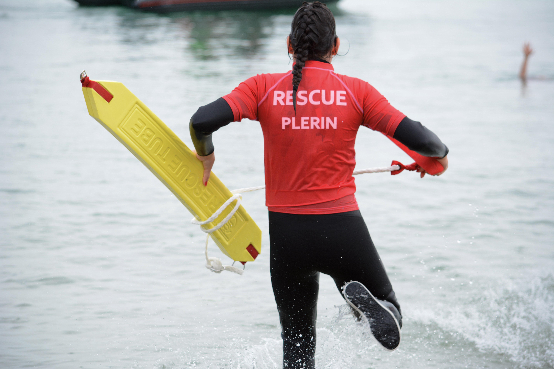 Cette activité «Rescue» a permis de diversifier l'offre du Centre Nautique. De plus, elle permet à un jeune public «d'appréhender la mer et ses dangers de la meilleurs des façons.»