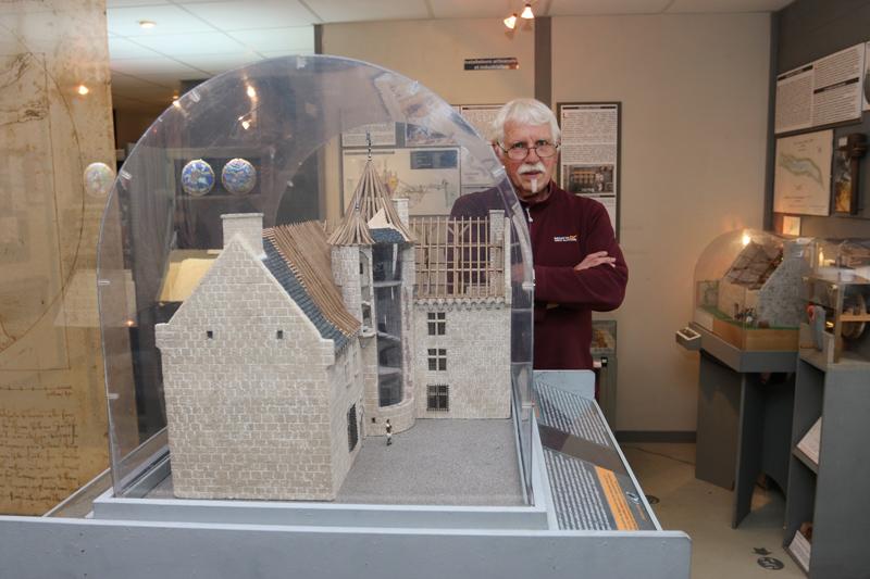 Plus d'une soixantaine de maquettes à l'échelle, des éléments interactifs et de nombreux panneaux explicatifs vous attendent au remarquable musée des manoirs bretons de Bernard Morel, situé à Bulat-Pestivien.